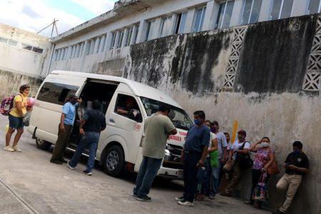 Denuncian cobros abusivos del FUTV en la ruta de taxis a Acanceh