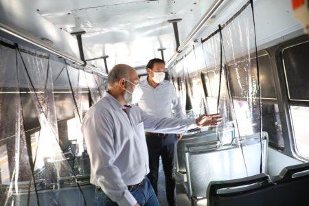 Constata el secretario de Salud que se cumplan medidas de higiene en el transporte