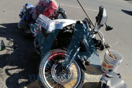 Camión recolector de basura atropella y mata a un motociclista