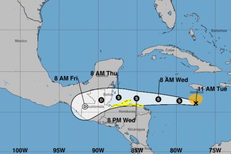 Nace la tormenta tropical Nana en el Caribe: se irá hacia Belice