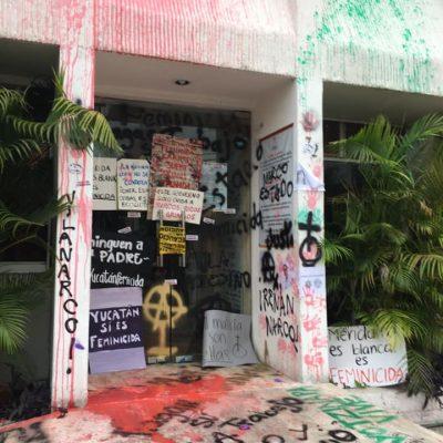Mujeres yucatecas se manifiestan en la Codhey y en la CNDH en Mérida