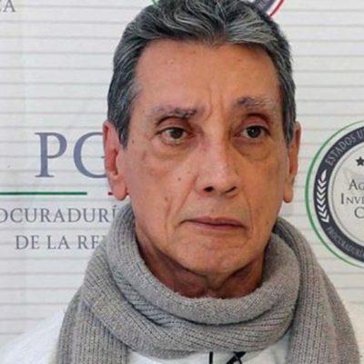 Trasladan a un hospital a Mario Villanueva: contrajo Covid-19