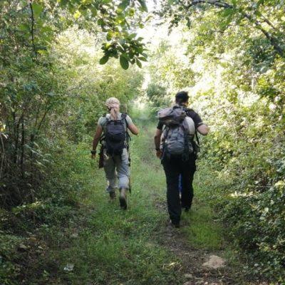 Inician un recorrido de 100 kilómetros los primeros senderistas del Camino del Mayab