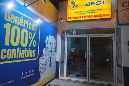Fallece esperando consulta en una farmacia de Juan Pablo II