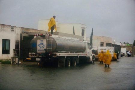 Atención a reportes ciudadanos y resguardo en refugios temporales por prolongadas lluvias