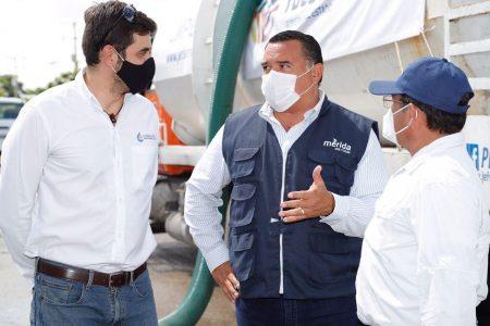El Ayuntamiento y Conagua agilizan el retiro de agua en calles de Las Américas