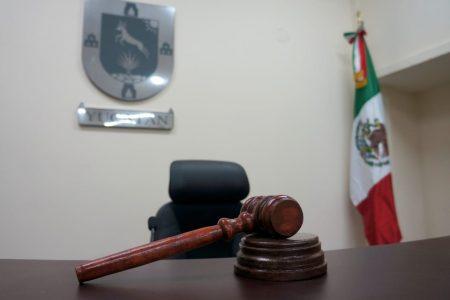 Sentencian a casi 38 años de prisión a profesor que violó a una alumna en Kanasín