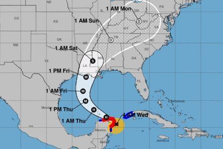 Delta, próximo a tocar tierra en Quintana Roo; a Yucatán llega a las 9 de la mañana