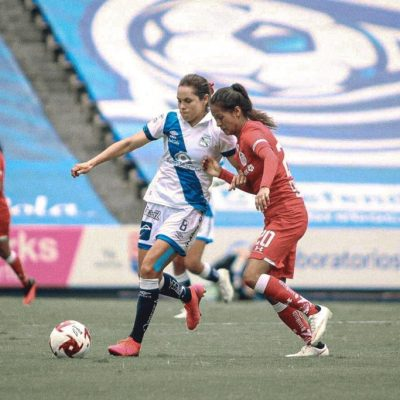 La yucateca Lupita Worbis: del retiro a brillar de nuevo como futbolista