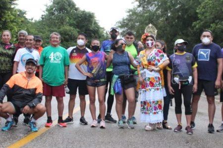 Los corredores no se quedan con las ganas en el homenaje de la Carrera Uxmal-Muna