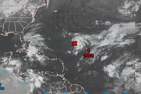 Onda tropical propiciará lluvias este lunes en la Península de Yucatán