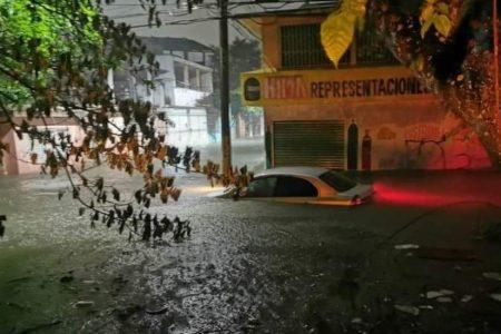 Frente frío número 4 causa inundaciones en Tabasco