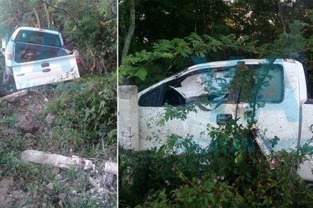 Desaparece un conductor tras accidentarse con su camioneta