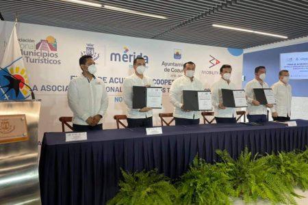 Firman convenio para reactivar viajes terrestres en Yucatán y Quintana Roo