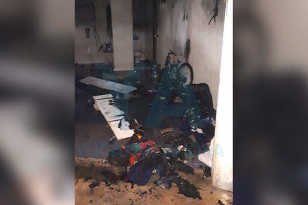 Alcoholizado, incendia el local que rentaba su hija antes de ser desalojada