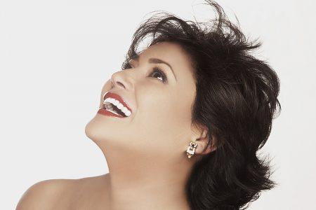 La cantante María Medina recibirá la Medalla Yucatán 2020