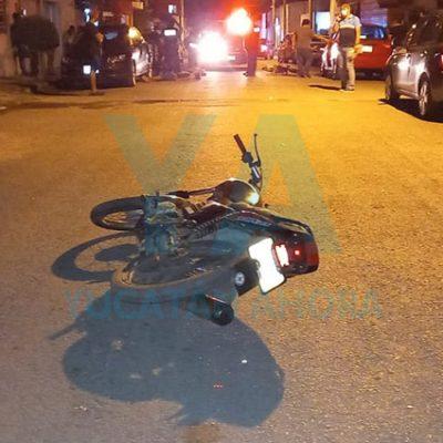 Joven motociclista atropella a una ciclista en El Roble