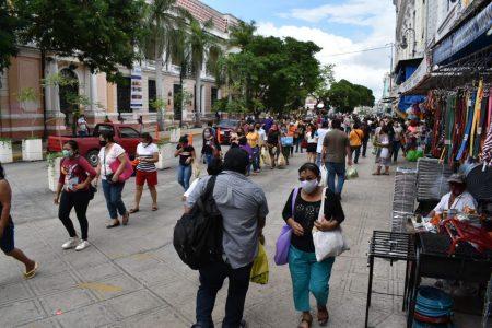 Más contagios, pero menos muertes por Covid-19 en Yucatán