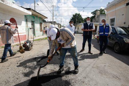 El Ayuntamiento refuerza Programa Emergente de Bacheo y mantenimiento vial