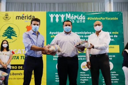 Club Libanés y Consulado de Líbano donan alimentos para meridanos afectados por huracanes