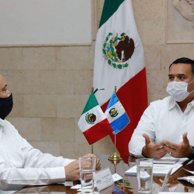 Renán Barrera recibe la visita del embajador de Guatemala, Mario Adolfo Búcaro