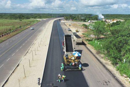 Avance de 86 por ciento en ampliación de la carretera Mérida-Chetumal