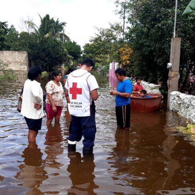 Llega ayuda humanitaria de Cruz Roja a la inundada zona de Motul