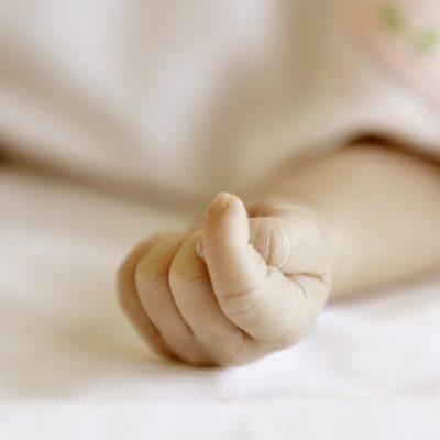 Fallece de hipotermia una bebé de cuatro meses