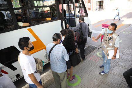 A sugerencia de usuarios del transporte, hacen ajustes en zonas de ascenso y descenso