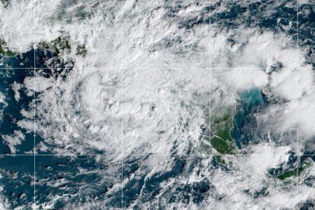 Temporal de lluvias en la región por frente frío y remanentes de Iota
