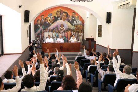 Rebelión de académicos en la Uady: rechazan descuento por servicio médico