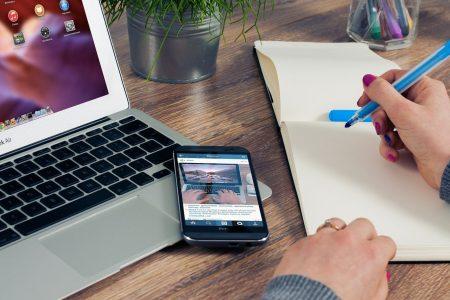 Diputados aprueban que empresas paguen gastos de internet y luz por 'home office'