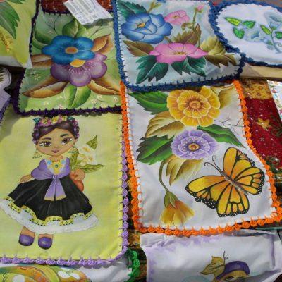 Arte contribuye a la economía de las familias de Dzilam de Bravo