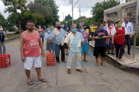 Cierran calles en la Amalia Solórzano: desde el domingo no tienen luz
