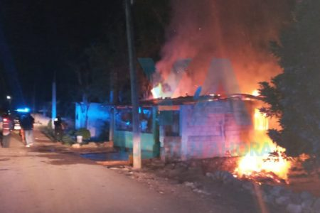 Se incendia su casa por causas desconocidas