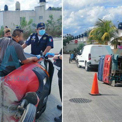Chocan a mototaxista, vuelca y queda atrapado