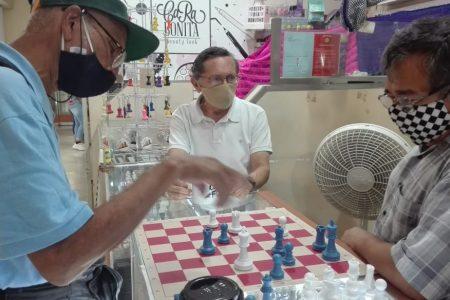 Un duelo Cuba-México reabre las actividades en la 'Casa del Ajedrez'
