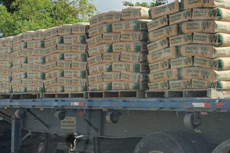 Denuncian uso de cemento de mala calidad para hacer casas en Mérida