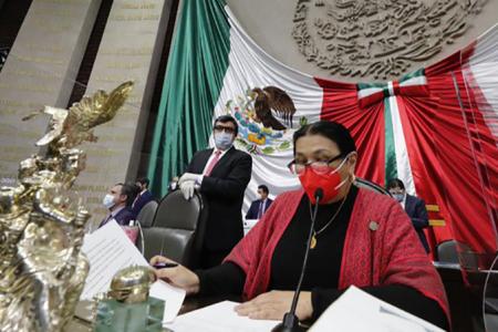 Contrae Covid-19 Dulce María Sauri Riancho, presidenta de la Cámara de Diputados