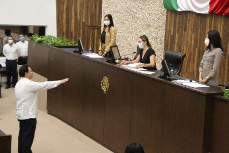 Juan Manuel León rinde protesta como fiscal general de justicia en Yucatán