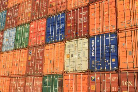 México rompe récord en exportación a Estados Unidos, en octubre
