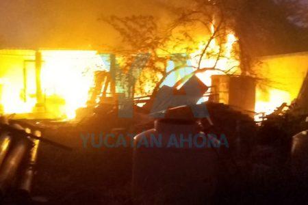 Se incendia una bodega en San Juan Bautista