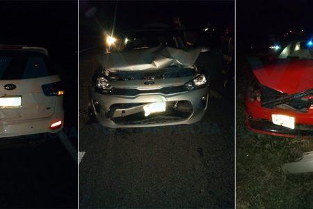 Conductor provoca choque de tres autos