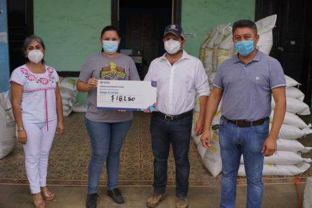 Gobierno de Yucatán entrega incentivos a la producción henequenera