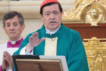 El cardenal Norberto Rivera ya fue intubado y recibió la extremaunción