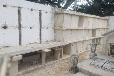 Denuncian que ampliación del cementerio en Muna amenaza la salud de la niñez
