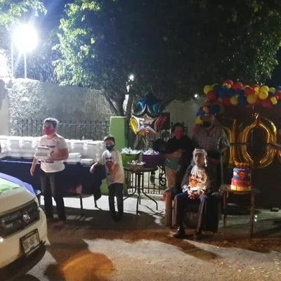 Singular festejo de centenario abuelito en histórica zona de Mérida