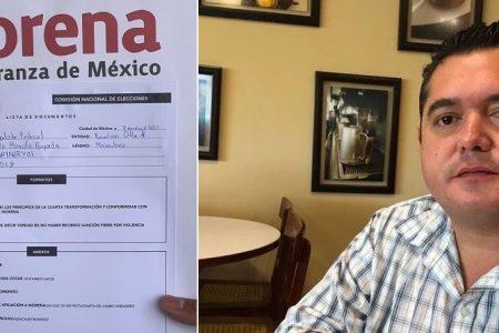 Bayardo Ojeda alza la mano para abanderar a Morena en el IV Distrito federal