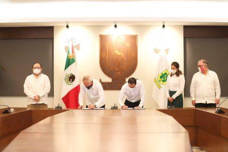 Firman convenio para impulsar un Yucatán más moderno y eficiente