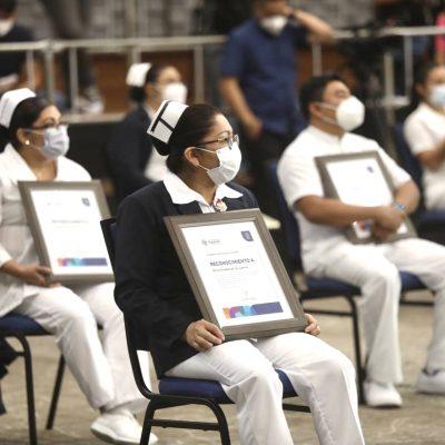 Mauricio Vila reconoce el esfuerzo, empeño y vocación de servicio de enfermeras y enfermeros